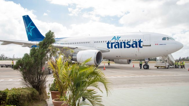 2 Air Transat Pilots Arrested on Suspicion of Being Drunk