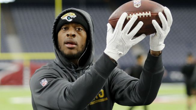 'What's Good Chicago?': Allen Robinson Tweets Selfie in Bulls Jersey
