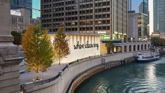 New Michigan Ave. Apple Store Wraps Itself in Chicago Artist's Lyrics