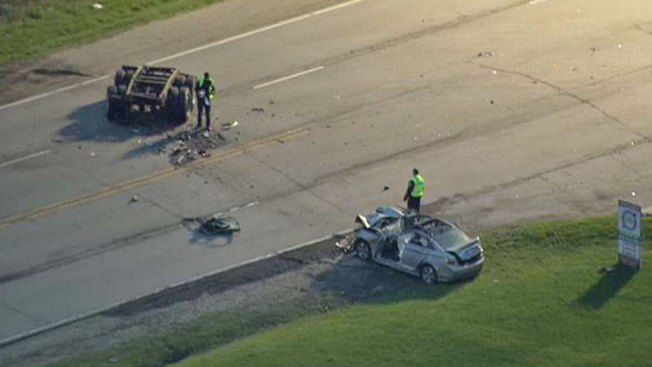 Serious Crash Closes Road Near O'Hare