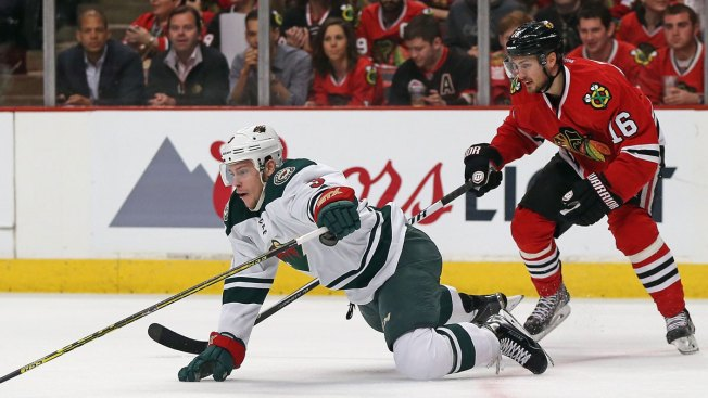 Blackhawks Win See-Saw Game 1 Against Wild 4-3