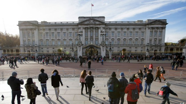No Longer Fit for a Queen? Buckingham Palace to Get $458M Makeover