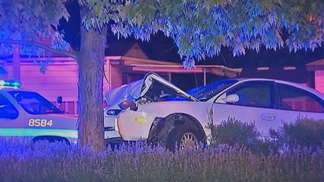 5 Hurt, Including 3 Kids, When Car Strikes Tree