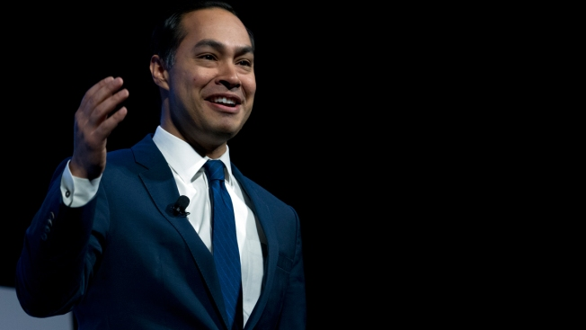 Julián Castro Calls for End to Criminalizing Border Crossers