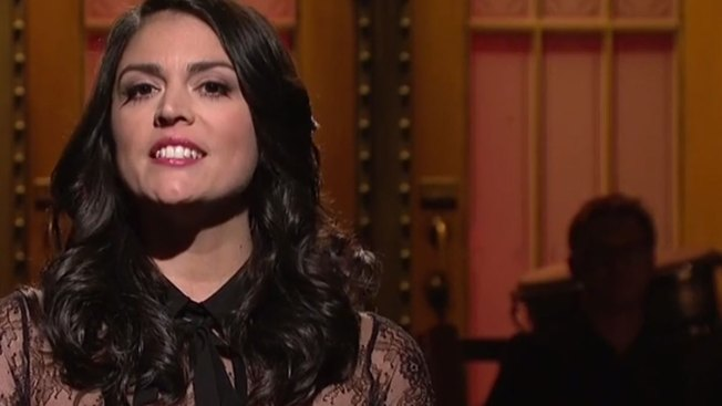 'SNL' Sends 'Love and Support' to Paris After Terror Attacks
