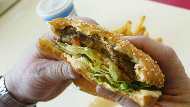 Suburban Bar Apologizes, Rescinds 'Build-A-Wall' Burger Special After Backlash – NBC Chicago