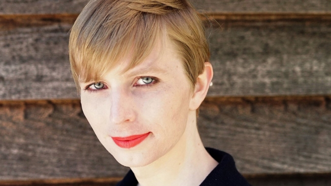 Chelsea Manning Talks Leaks, Gender Transition in 1st Interview After Prison Release