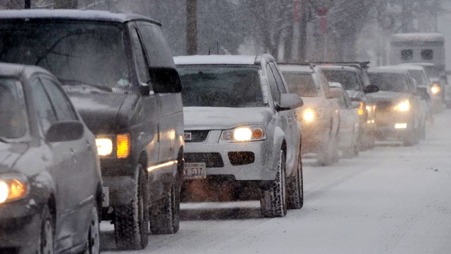 City Sends Out Plows for Evening Commute