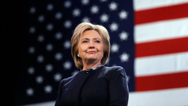 Clinton Wins Big in DC Primary as She Meets With Sanders