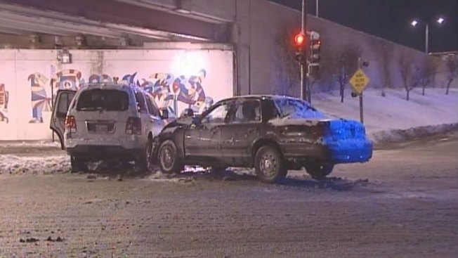 3 Chicago Officers Injured in North Side Crash