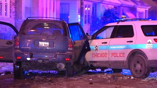 Cops Among 4 Injured in South Side Crash