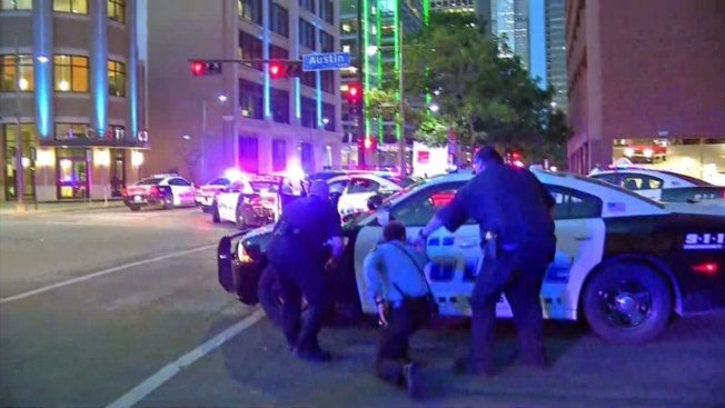 Dallas Suspect Taunted Police During Negotiations