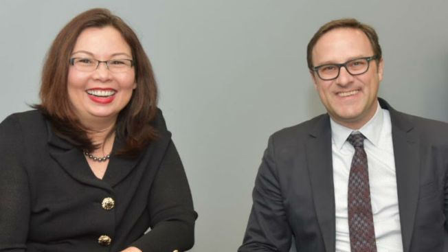 Sen. Duckworth Meets with Cubs Co-Owner Todd Ricketts