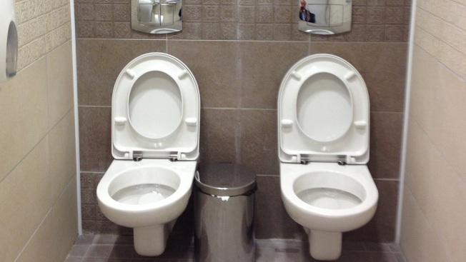 Picture of Twin Toilets in Sochi Goes Viral