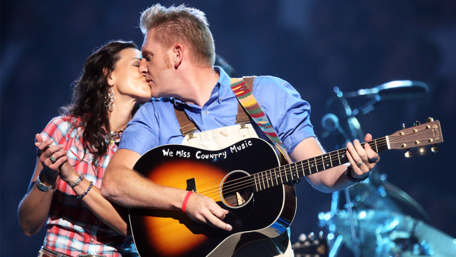 'She's in Heaven,' Joey Feek's Husband Rory Tells Fans