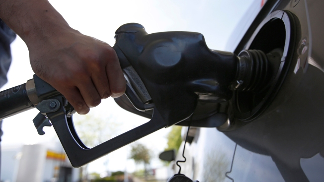 Average US Price of Gas Drops 9 Cents Per Gallon to $2.84