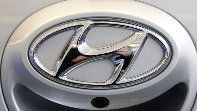 Hyundai Recalls Midsize Cars to Keep Sunroofs From Flying Into Traffic