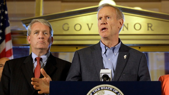 Governor Rauner Signs Bill Creating Muslim Advisory Council