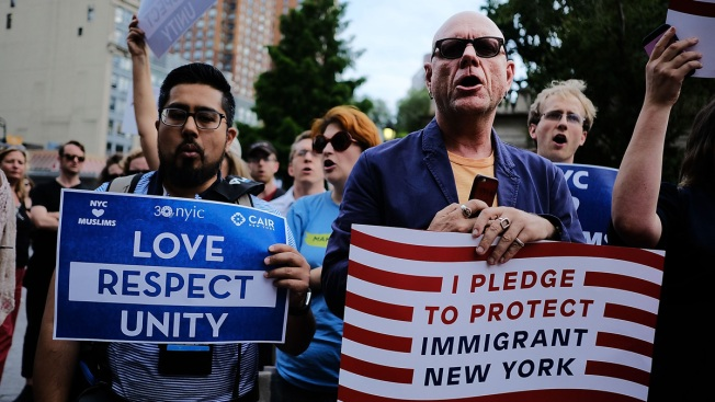 Trump Administration Pauses Legal Orientation for Immigrants