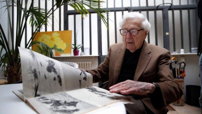 Celebrated Photo Editor John Morris Dies at 100 in Paris