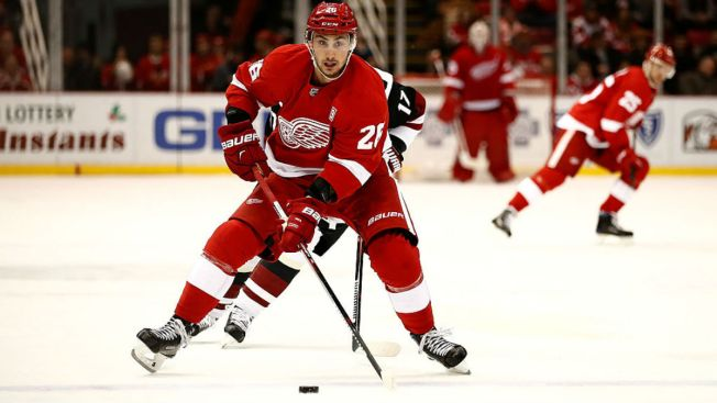 Blackhawks Acquire Tomas Jurco in Deal With Detroit Red Wings