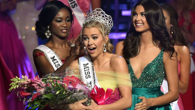 Tweets Are Latest Controversy for Miss Universe Organization