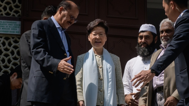 Hong Kong Leaders Apologize for Water Cannon Use at Mosque