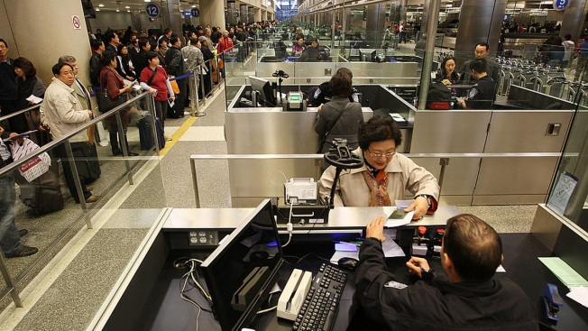 US Agents Can't Effectively Track Visa Holders: Report