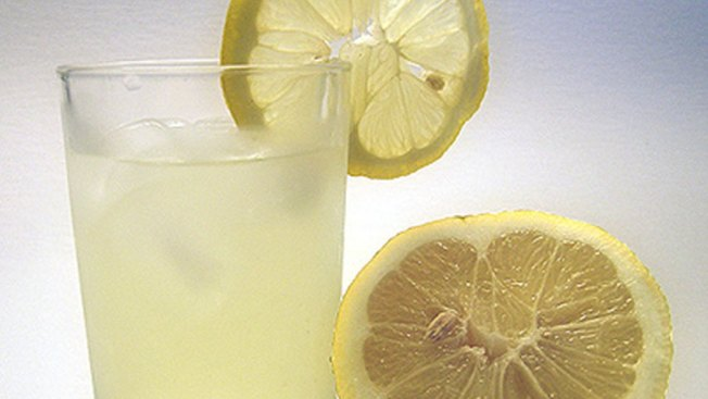 Panera Bread And Make-A-Wish Bring Lemonade To NBC5