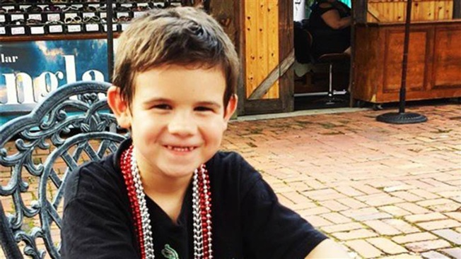 After Losing Parents, 6-Year-Old Sets Out on Smile Mission