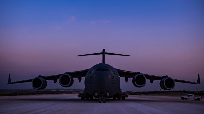 US Military Planes With 180 Tons of Food, Health Supplies for Venezuelans Head to Colombia
