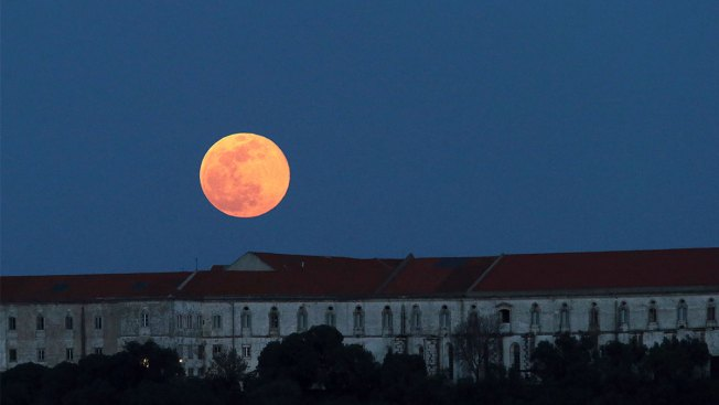 Get Ready for the Last Supermoon of 2019