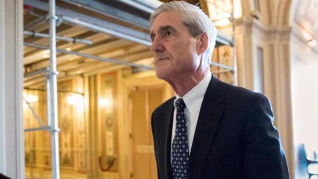Judge Grants Mueller Grand Jury Extension in Federal Probe