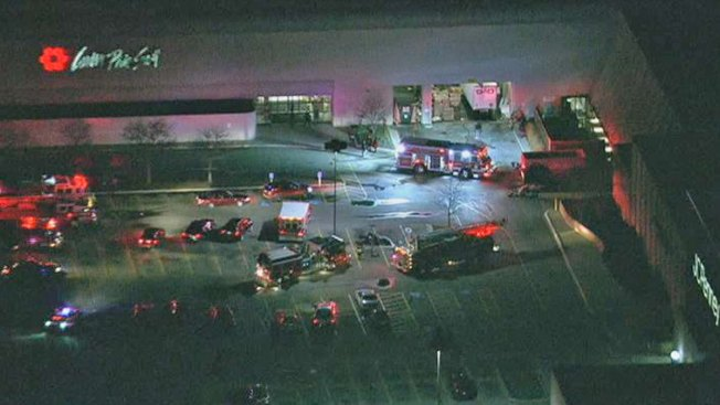 Crews Battle Fire At North Riverside Park Mall Nbc Chicago