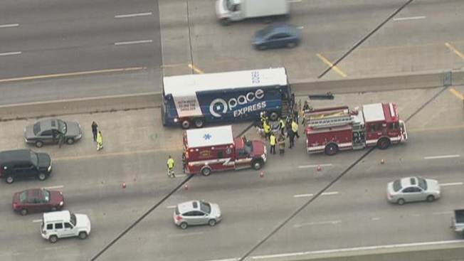 Pace Bus, 2 Cars Collide on Inbound Stevenson