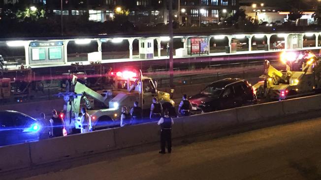 Police Investigate Crash on Eisenhower Expressway