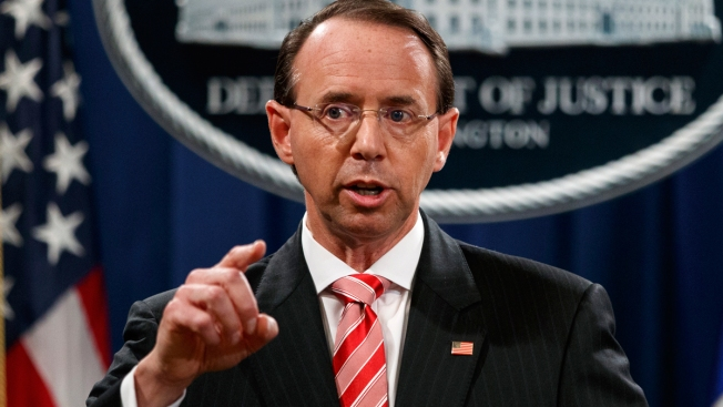 Amid Furor, Trump Pushes Pause on Deciding Rosenstein's Fate