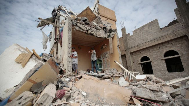 Saudi-Led Airstrikes Kill 14 Civilians in Yemen's Capital
