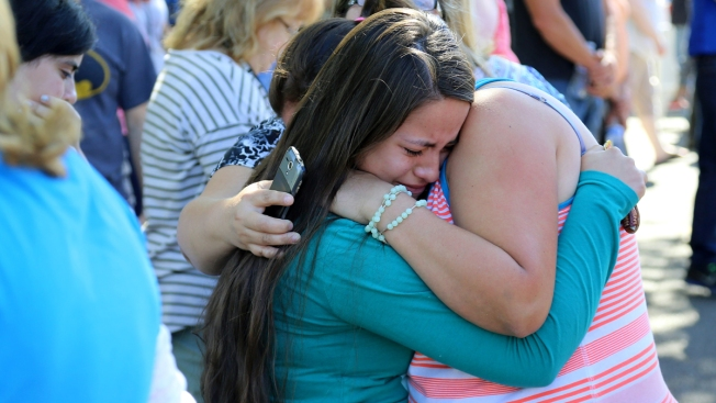10 Fatally Shot at Community College in Oregon; Gunman Asked Victims Their Religion