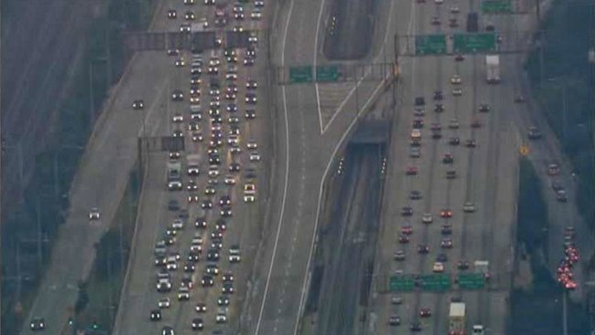 Kennedy Express Lanes Reopen After Gate Issue