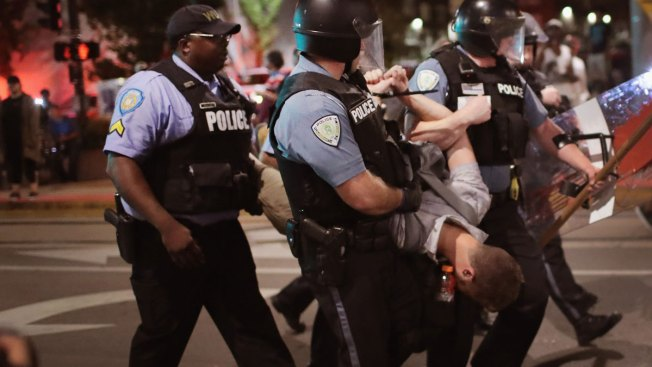 143 Arrested After Protest Blocks St. Louis Highway Traffic