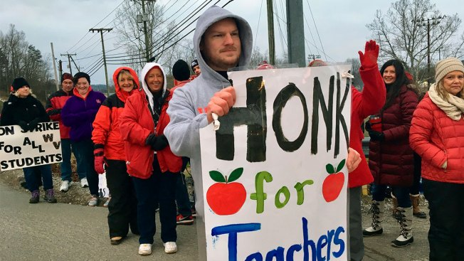 West Virginia Teachers End Strike After No Action on Doomed Bill
