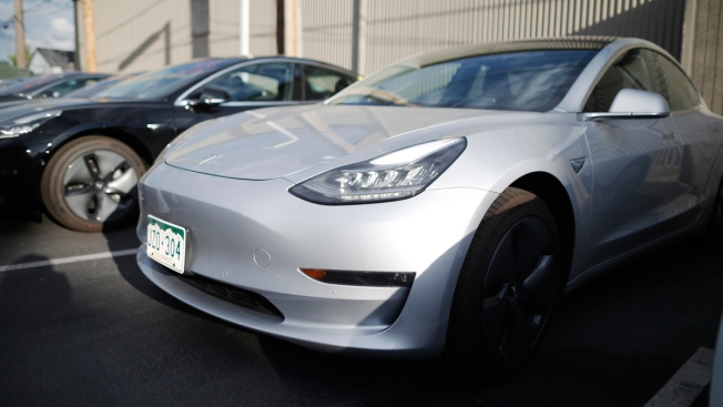 Reversal: Consumer Reports Now Recommends 'Buy' for Tesla Model 3