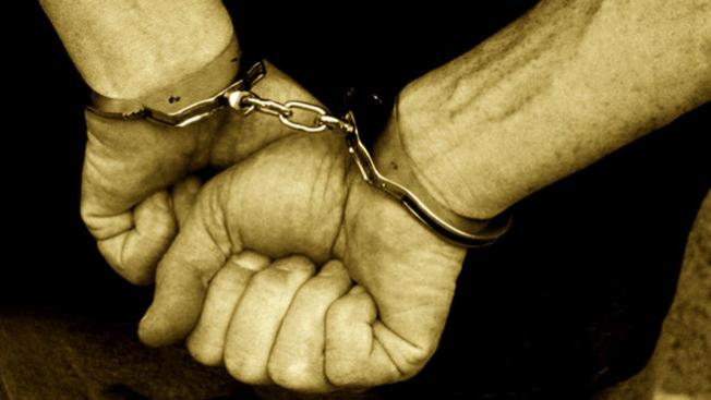Wisconsin Couple Accused of Locking Teenage Girl in Basement