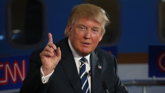 Donald Trump Gives Advice to Iowa High School Students
