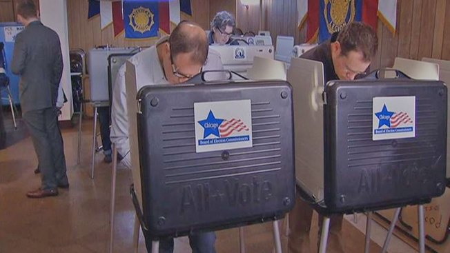 Voters Report Problems at Chicago Polling Locations