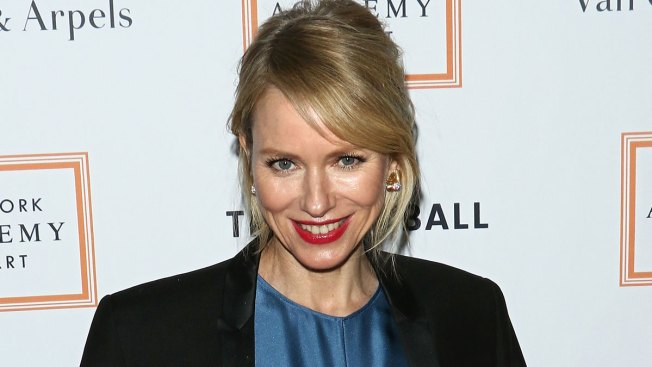 You're So Busted: Naomi Watts Turns Tables on Subway Shutterbug