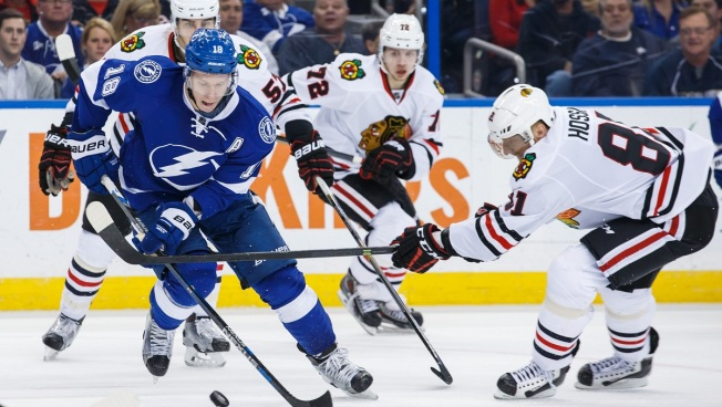 Blackhawks' Streak Snapped as Tampa Triumphs