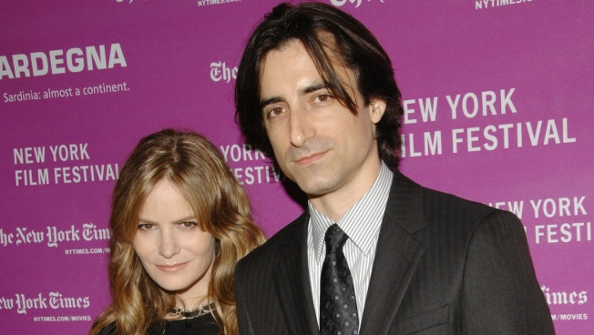 Jennifer Jason Leigh Officially Divorced From Director Noah Baumbach
