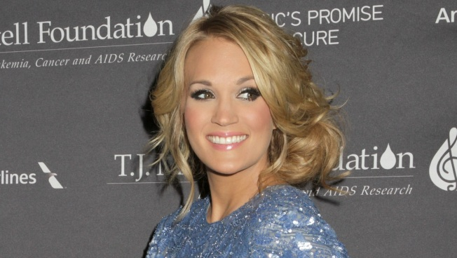 "Carrie Underwood: Live ""Sound of Music"" is ""Definitely a Challenge"""
